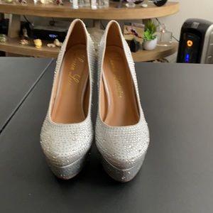 Lauren Lorraine plateform heels